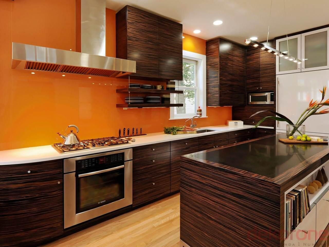 Кухня в теплых тонах  № 889880  скачать