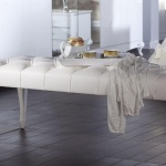 Beyaz Renk Ayaklı Bellona Mobilya Puf Koltuk Modelli