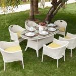 Beyaz Hasır Camlı İstikbal Bahçe Masa ve Sandalye Takımı 2016