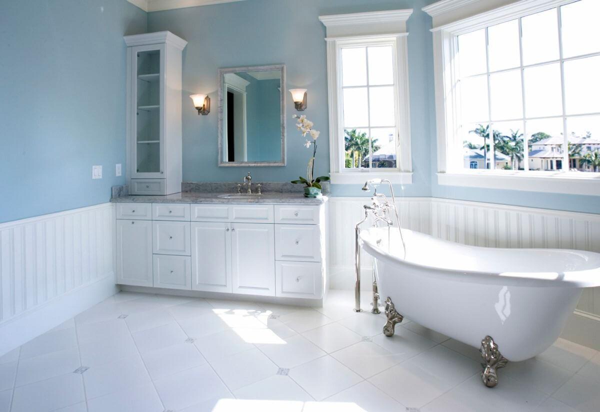 beyaz-renk-banyo-mobilyasi