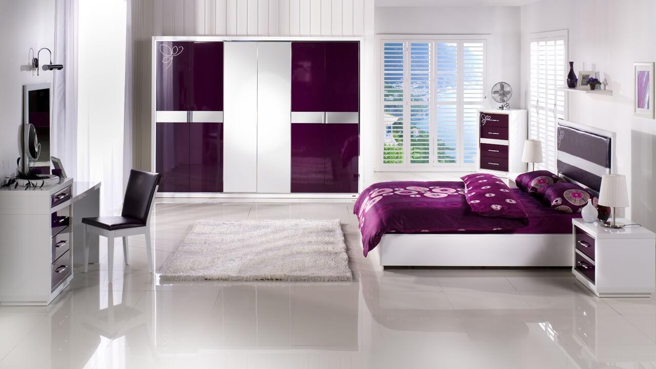 bordo-renk-yatak-odasi
