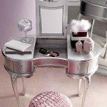 Gümüş Renk Tuvalet Masası