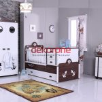 Kahverengi Erkek Bebek Odası Dekorasyonu